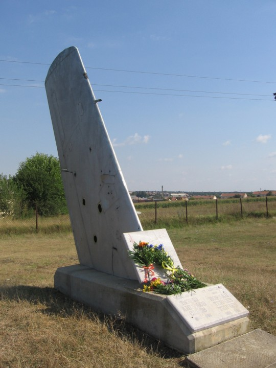 files/upload/military-monuments/gen-toshevo/pametnik_na_zaginalite_piloti_.jpg